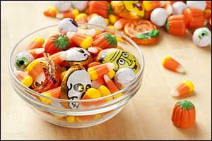 Dangers of Candy and Pets in Fall